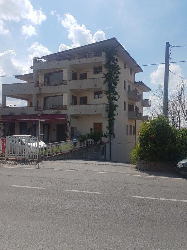 Locale Commerciale Via Cardito Ariano Irpino